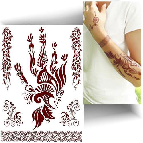 Tatouage effet henné main