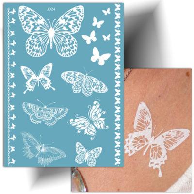 Tatouage dentelle papillons