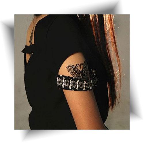 Tatouage provisoire papillon noir
