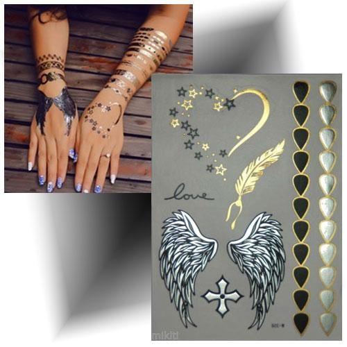 Tatouage métallisé cœur doré