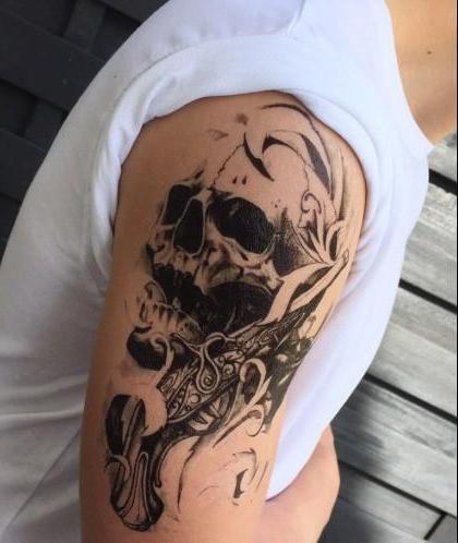 Tatouage éphémère crâne